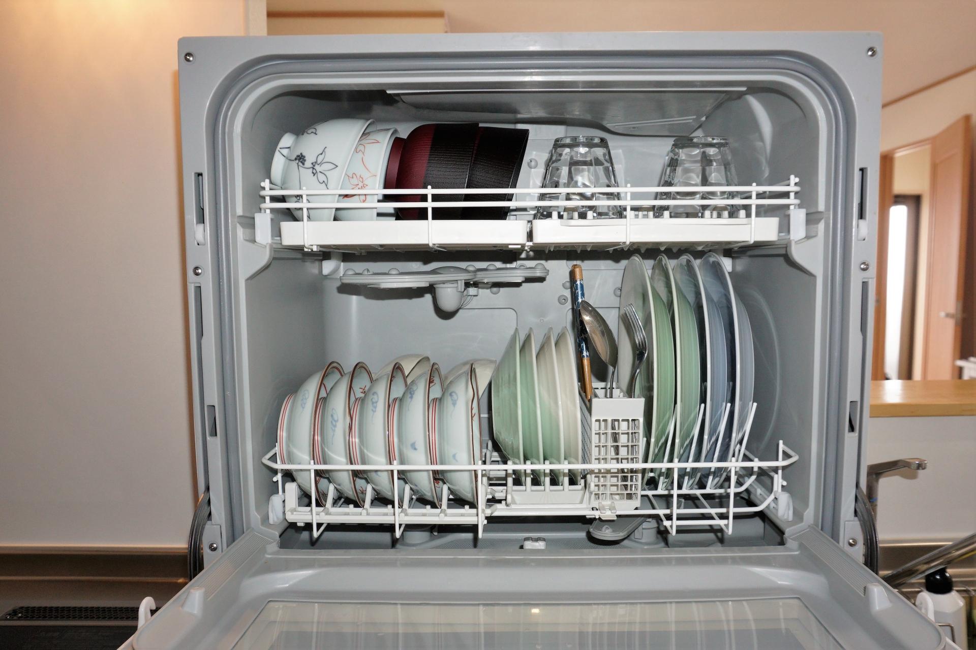 食洗器のメリット・デメリット。買わないのは洗濯物を手洗いするのと同じこと?
